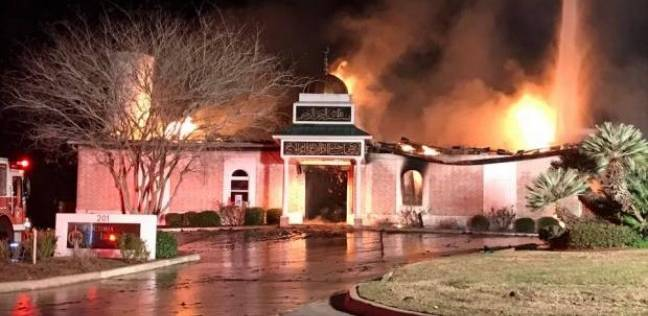 قتل ودهس وحرق المساجد.. أبرز حوادث استهداف المسلمين في العالم