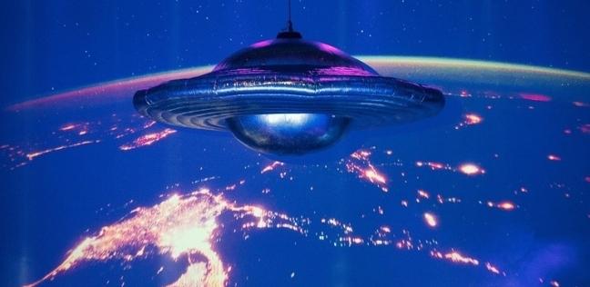 الكائنات الفضائية كيف سترى الأرض