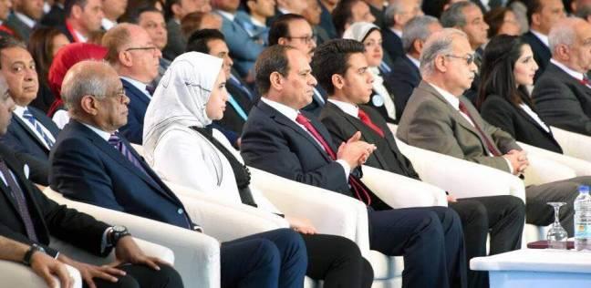 """إحدى أهالي سيناء للسيسي: """"والله ما هنحارب الإرهاب إلا بالتنمية"""""""