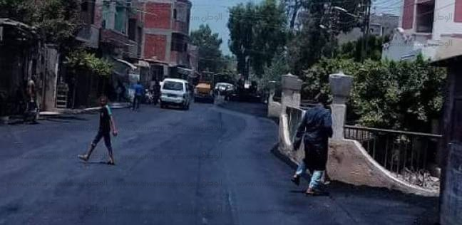 رصف طريق منشأة شبراطو بقرية قونة في كفر الشيخ