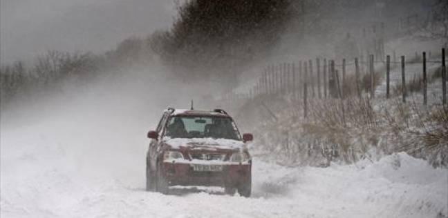 الثلوج تتسبب في قطع عدة طرق بعدد من الولايات الجزائرية
