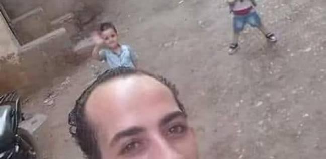 بعد ساعات من اختفائه.. والد الطفلين المقتولين في مركز شرطة ميت سلسيل