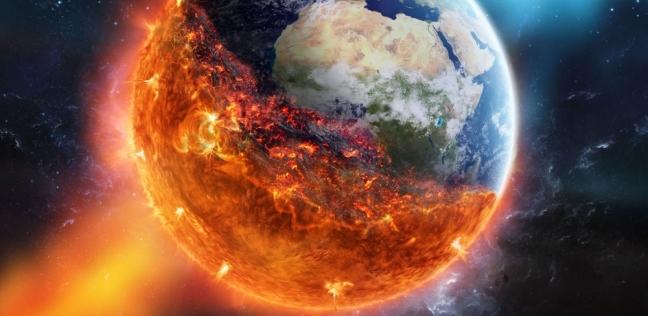 """رجل يصور ظاهرة سماوية تنذر بـ""""نهاية العالم"""".. و""""ناسا"""" ترد: خدعة إنترنت"""