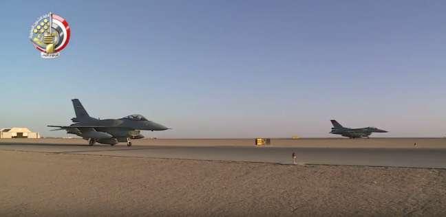 معتز عبد الفتاح: مصر مارست حقها الشرعي في الدفاع عن النفس بقصف ليبيا