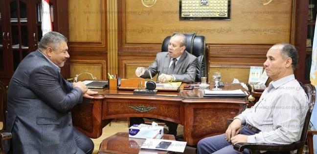 محافظ كفر الشيخ يناقش خطة إنشاء المدارس الجديدة مع الأبنية التعليمية