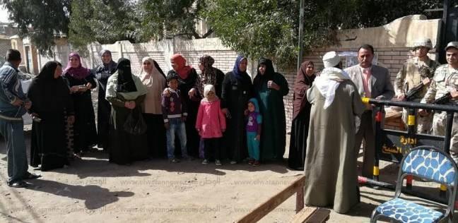 بالصور  إقبال الناخبين على لجان كفر الشيخ للتصويت في آخر يوم
