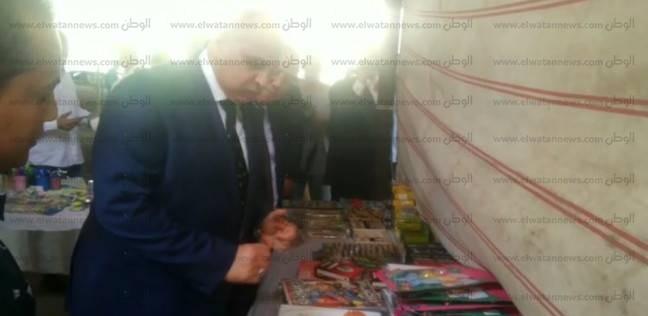 مدير أمن الجيزة يتفقد معارض مستلزمات المدارس بالمحافظة