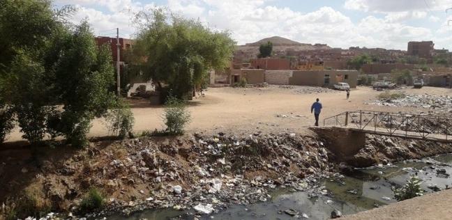 حملة «الوطن»| شرايين مصر المسدودة: «مصرف السيل» بأسوان.. هنا يبدأ تلويث نهر النيل بالصرف الصحى