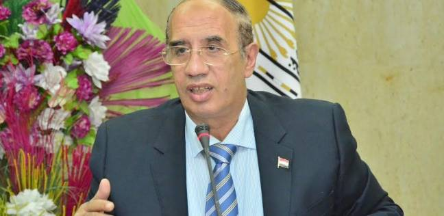 رئيس جامعة أسيوط: الانتهاء من تغيير لائحة كلية طب الأسنان