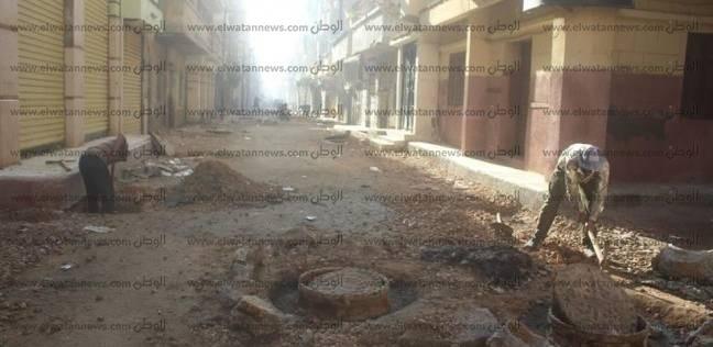 محافظ الإسكندرية يشدد على الجهات المعنية برفع كفاءة الطرق الداخلية