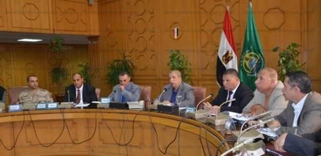 محافظ الإسماعيلية يلتقي الجهاز التنفيذي للاستعداد للانتخابات الرئاسية