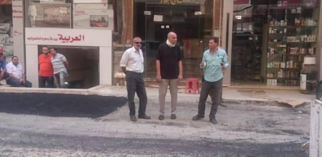 رئيس المحلة يباشر أعمال الرصف وتطوير الشوارع لخدمة مواطنين
