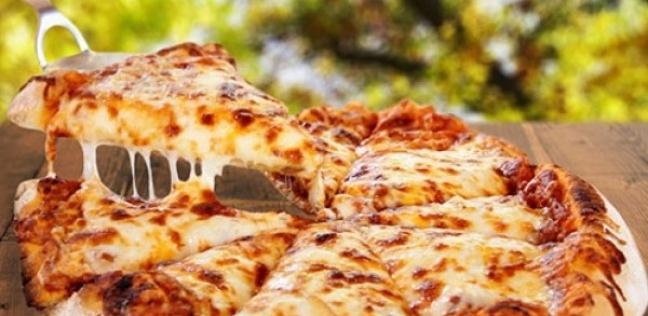 الإكرامية جاءت على فاتورة بيتزا