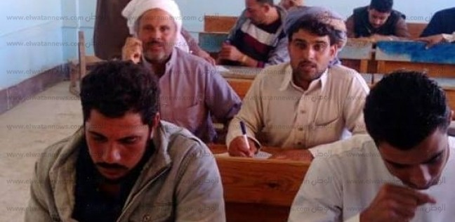"""""""محو الأمية"""" بمطروح: امتحان 67 شخصا بقرية سيد درويش"""