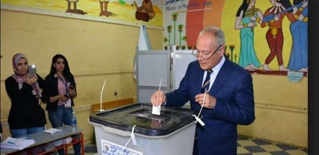بالصور| سياسيون يدلون بأصواتهم في الانتخابات الرئاسية