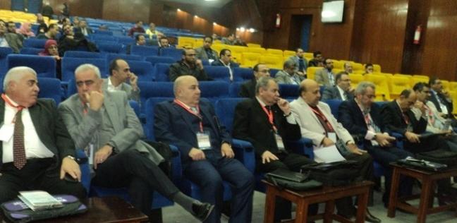 مؤتمر بجامعة بنها عن أحدث التقنيات البصرية وعمليات تصحيح الإبصار