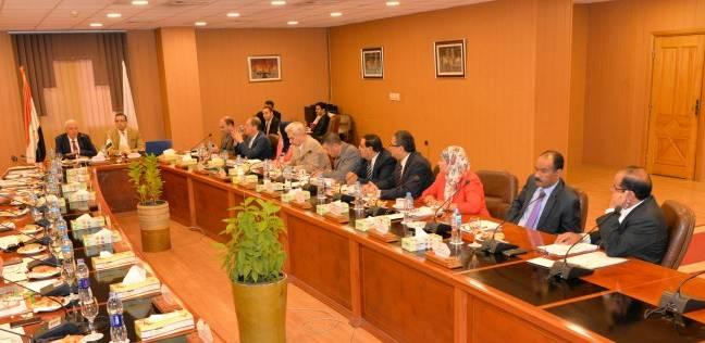 مجلس جامعة المنصورة يوافق على 3 اتفاقيات علمية دولية وترقية 45 أستاذا