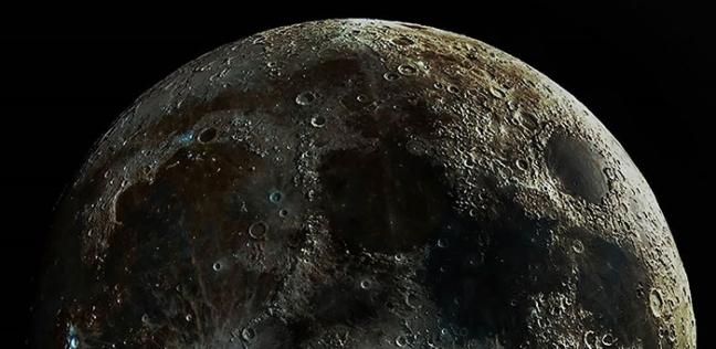 سيتم رصدواحدا من التضاريس المميزة على سطح القمر