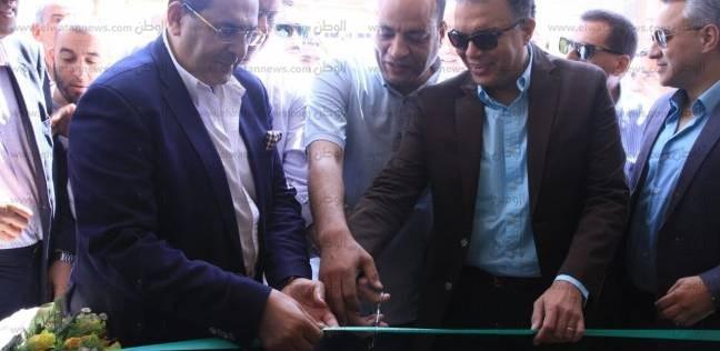 """وزير النقل يفتتح محطتي قطار """"المنشأة"""" و""""أبوتيج"""" بعد تطويرهما"""