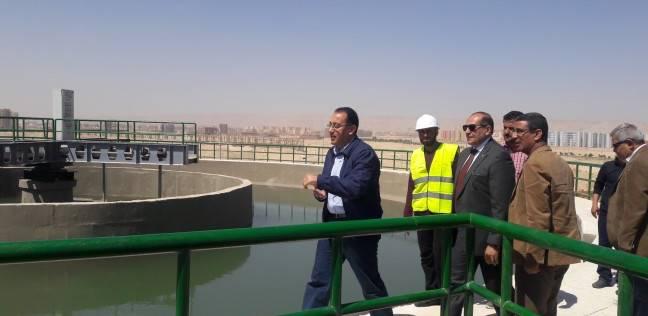 وزير الإسكان يتابع مشروعات مياه الشرب والصرف الصحي بمحافظة البحيرة