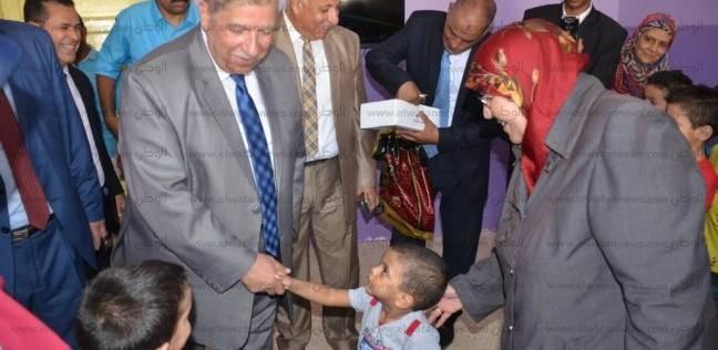محافظ الإسماعيلية يزور نزلاء دار الرحمة لرعاية الأيتام