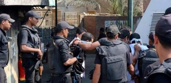 حبس نصاب بتهمة انتحال صفة ضابط في المعادي: سرق 8 سلاسل و7 خواتم ذهبية