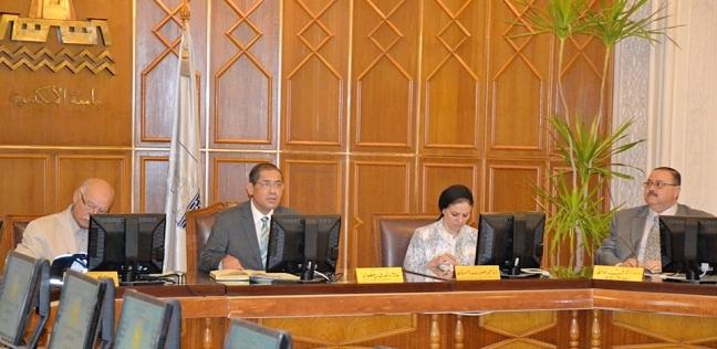 المحافظات   تشكيل فريق للمسؤولية المجتمعية والبيئية في كليات جامعة الإسكندرية