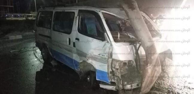 عاجل| بالصور: مصرع 2 وإصابة 12 في حادث تصادم 8 سيارات بمحور جوزيف تيتو