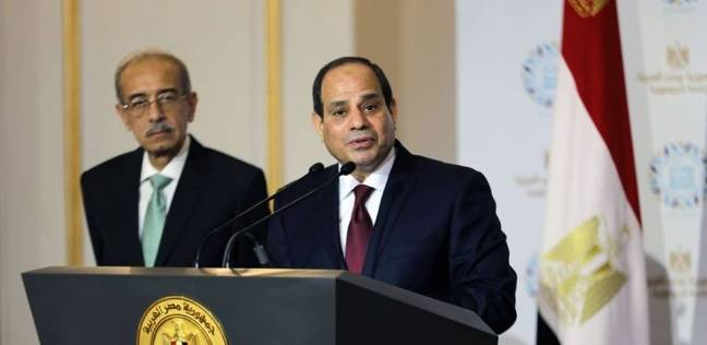 السيسي يطالب محافظ البنك المركزي باتخاذ الإجراءات اللازمة لتحسين المؤشرات الاقتصادية