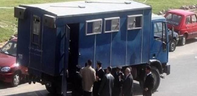 تجديد حبس 5 متهمين بتهمة خطف رجل أعمال خليجي وتصويره عاريا لسرقته