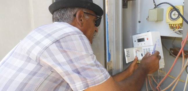 حبس عامل وعاطل بتهمة سرقة أسلاك الكهرباء من جراج النقل العام