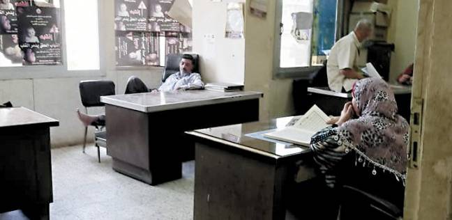 رمضان فى مكاتب «الصحة» بكفر الشيخ: نوم وطبيخ