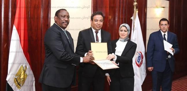 """هالة زايد: توحيد معايير تسجيل الأدوية مع السودان يجعلنا كـ""""دولة واحدة"""""""