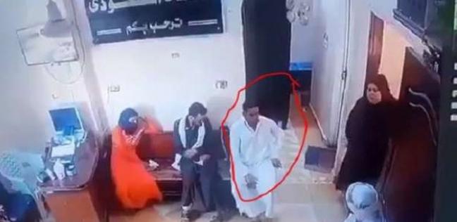 رجل فاقوس قبل وفاته في العيادة