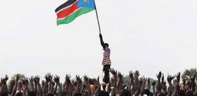 عاجل| بدء مراسم توقيع اتفاق السلام بين قادة جنوب السودان