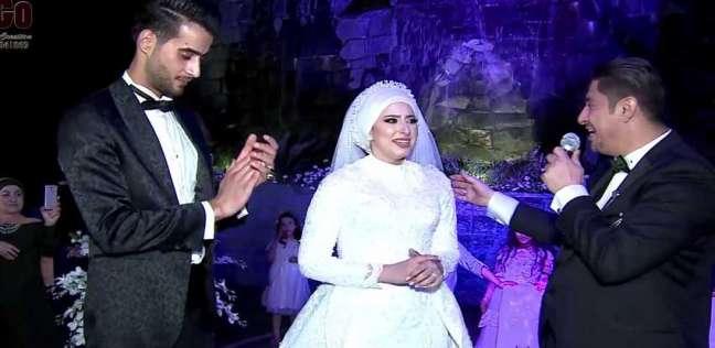 """على لحن """"3 دقات"""".. أب أردني يحكي كواليس أغنيته لابنته في حفل زفافها"""