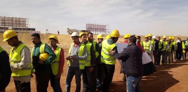 العاصمة الإدارية فى «سنة أولى انتخابات»: العمال يصوتون بـ«الأفرول»