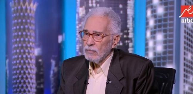 عبدالرحمن أبوزهرة يكشف عن ممارسته اليوجا منذ 45 عاما ويوضح فوائدها