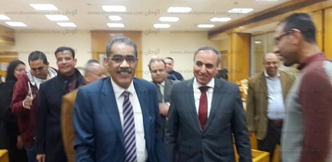 بالصور| عبدالمحسن سلامة يستقبل ضياء رشوان في جولة بالأهرام
