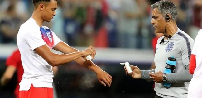 لاعبو انجلترا عانوا من الناموس في مباراة تونس