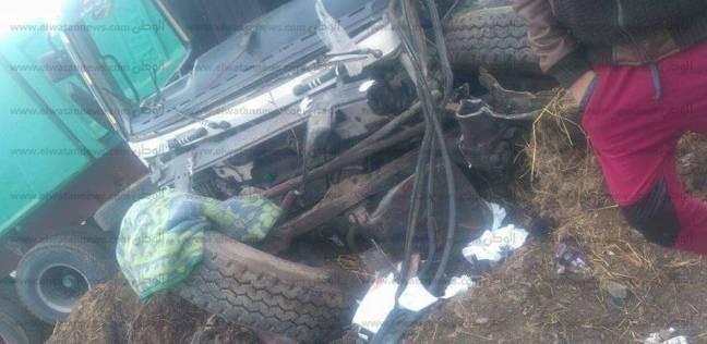 إصابة 5 معلمات في حادث تصادم أتوبيس مدرسة بسيارة نقل بأسيوط