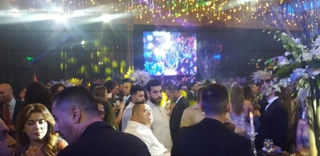 """""""أمح الدولي"""" يخطف الأنظار بحفل زفاف أحمد فهمي وهنا الزاهد"""