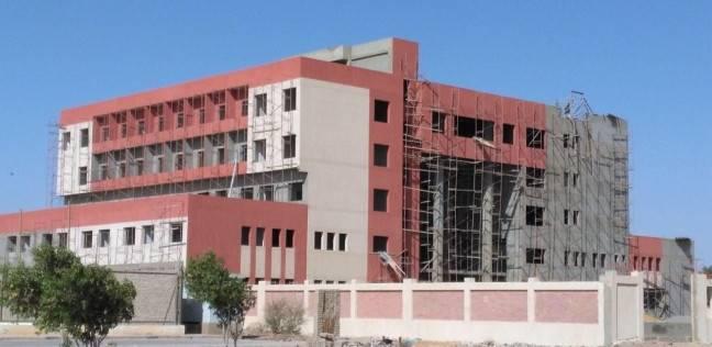 """الإسكان: انتهاء تنفيذ أول مستشفى بـ""""رأس غارب"""" في 30 يونيو"""