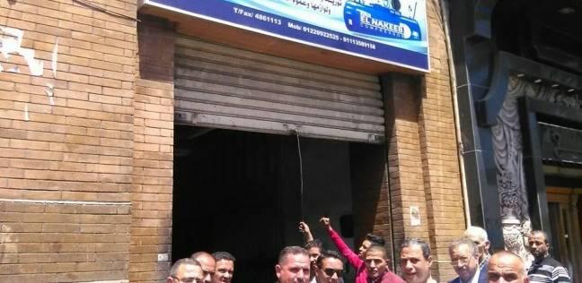 حي الجمرك يشن حملة لتشميع وغلق المحلات التجارية العاملة بدون ترخيص