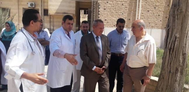 وكيل وزارة الصحة بالدقهلية يتفقد الخدمات الطبية