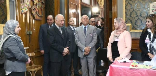 محافظ القاهرة يتفقد عددا من اللجان ثاني أيام الانتخابات