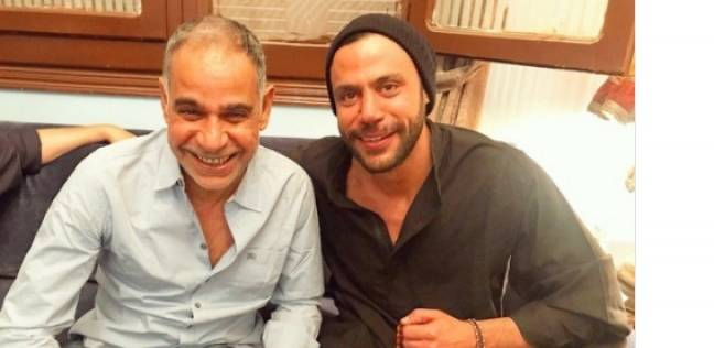 """محمد إمام يهنئ محمود البزاوي على أدائه في """"كلبش 2"""""""