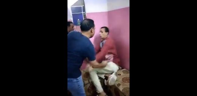 عاجل.. ضبط 3 متهمين بالاعتداء على معاق مشتول السوق بالشرقية