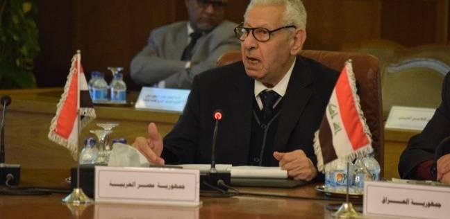 مكرم محمد أحمد: يجب أن تتقدم كل القيادات الإعلامية باستقالتها