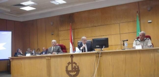 محافظ القليوبية ينذر رؤساء مجالس المدن: لا تتغاضوا عن المخالفات